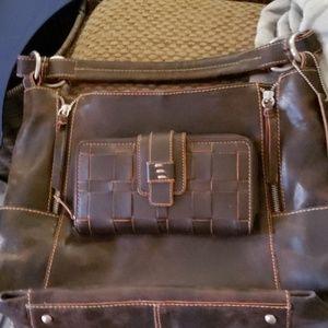 Beautiful Nino Bossi Purse & matching wallet